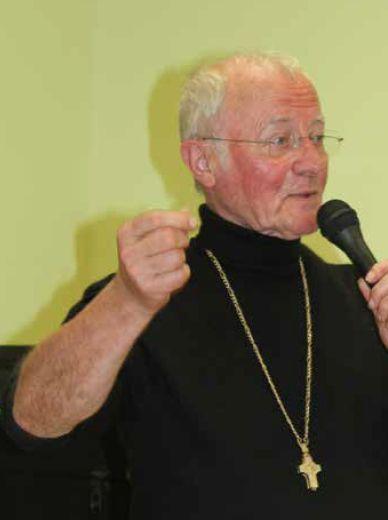 Père André-Marie : « Oui à tout ! »