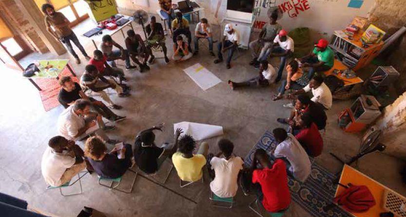 Ideas Box, une médiathèque mobile en kit, pour les réfugiés